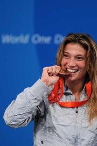 2008-margherita-granbassi-olimpiadi-pechino-scherma-medaglia-09